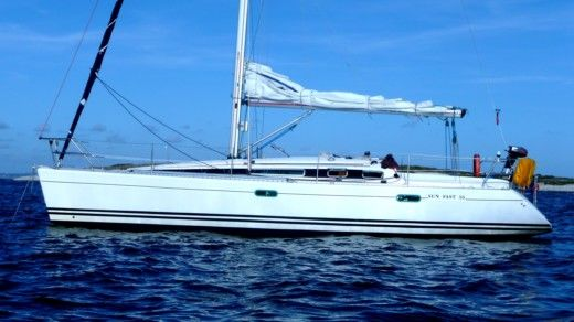 Jeanneau Sun Fast 36 in Lorient for hire