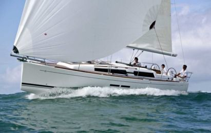 Charter Sailboat Dufour 525 Castelldefels