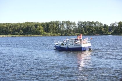 Hire Houseboat Tjonger 880 Rechlin