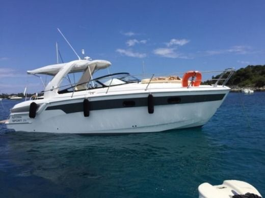 Motorboat BAVARIA 29 SPORT EDITION LIMITED for hire
