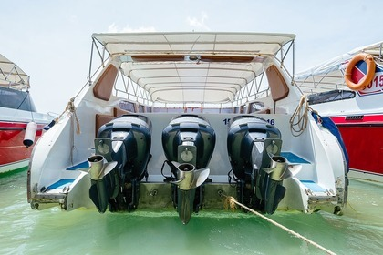 Rental Motorboat Speedboat 3 Engines (600 Hp) Jumbo Phuket