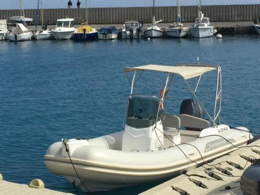 Charter rIB in Villeneuve-Loubet peer-to-peer