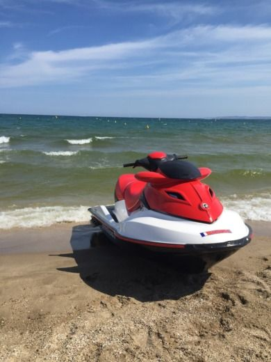 Jet ski Sea Doo Gtx-215 for hire