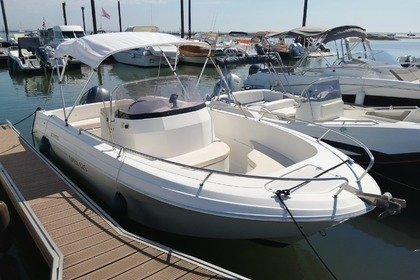 Hire Motorboat Pacific Craft Open 625 La Teste-de-Buch