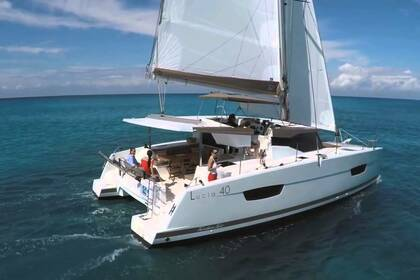 Rental Catamaran Fountaine Pajot Lucia 40 Sainte-Luce