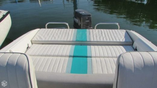 Motorboat RIO 5.50 Cruiser for hire