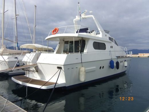 Charter motorboat in Arbatax peer-to-peer