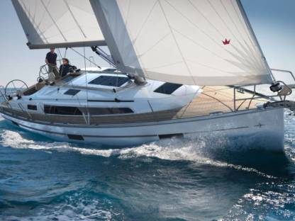 Rental Sailboat Bavaria 37 Hyères
