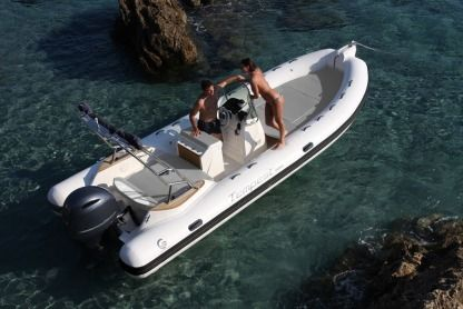 Location Semi-rigide Capelli Tempest 650 Ibiza