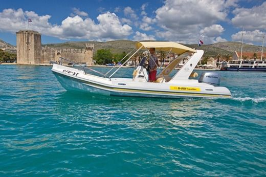 Aquamax B20-F in Trogir