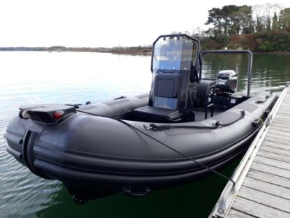 Location Semi-rigide Highfield 540 Ocean Master Black Edition Royan