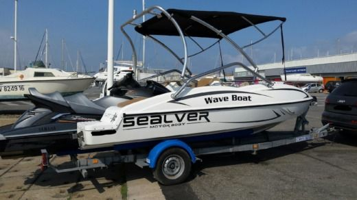 Sealver Wave Boat 525 in Lille peer-to-peer