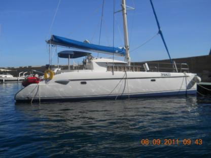 Rental Catamaran Fountaine Pajot Lavezzi 40 Palermo