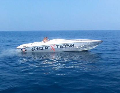 Location Bateau à moteur Cigarette Racing Off Shore Café Racer 35   2X Mercury Racing 802Ci Ho Marina Smir