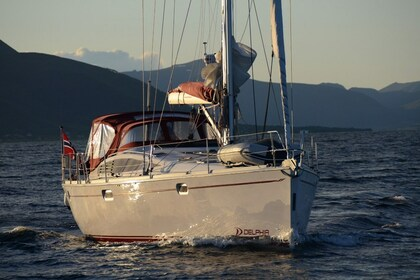 Rental Sailboat Delphia 40 Tromsø