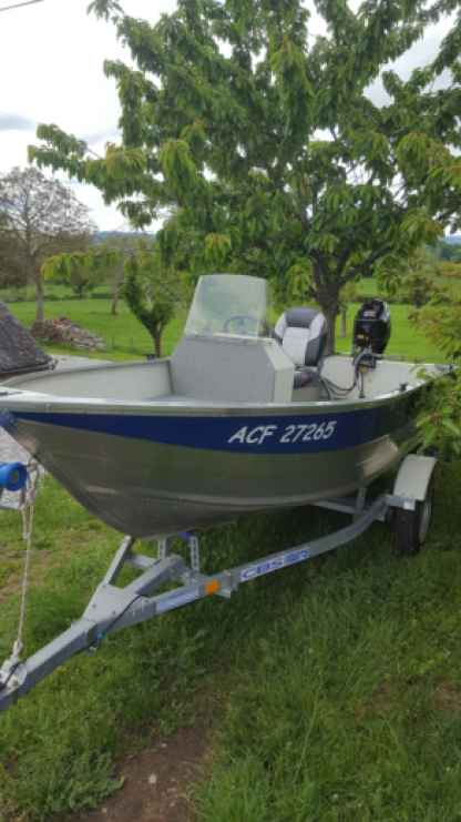 Rental Motorboat Marinello Marine Bort-les-Orgues