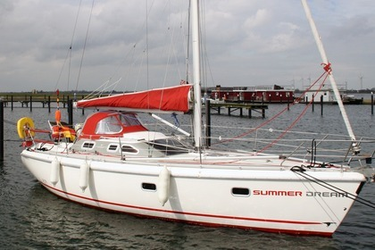 Rental Sailboat Etap Etap 32i Fehmarn