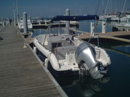 Rental Motorboat Pacific Craft 630 Port-Camargue