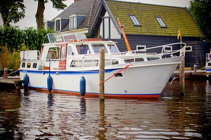 Hire Motorboat Blauwe Hand 1300 Woubrugge