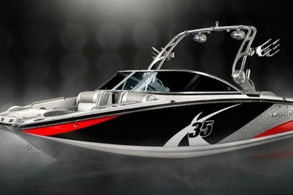 Hire Motorboat Mastercraft X35 New Buffalo