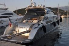 Motorboat Rizzardi Incredible 45 for rental