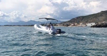 Location Semi-rigide Italboats Predator 599 Sperlonga