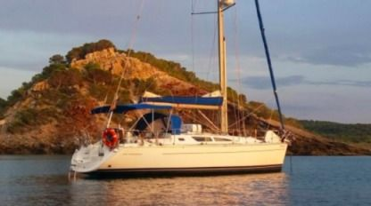 Rental Sailboat Jeanneau Sun Odyssey 40 Costa brava