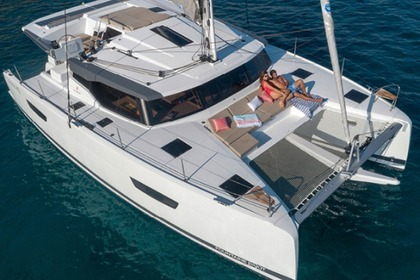 Rental Catamaran Fountaine Pajot Astréa 42 Taranto