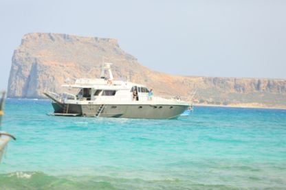 Charter Motor yacht Candiery Navaly Italy Chania