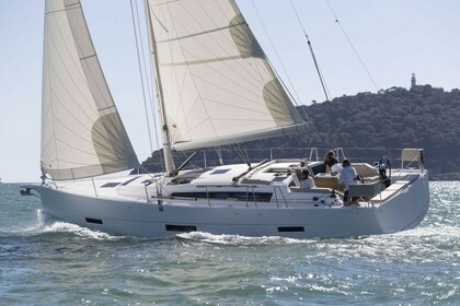 Rental Sailboat Dufour Yacht Dufour 430 GL Hamble-le-Rice
