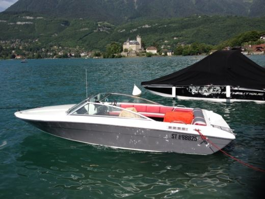 FOUR WINNS Freedom 170 a Duingt tra privati