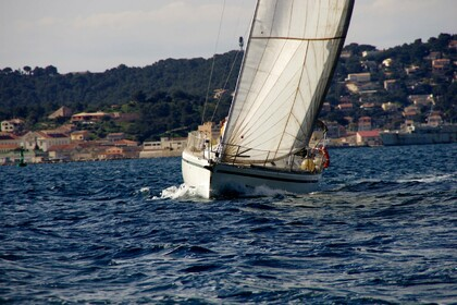 Location Voilier BENETEAU FIRST 45F5 Toulon