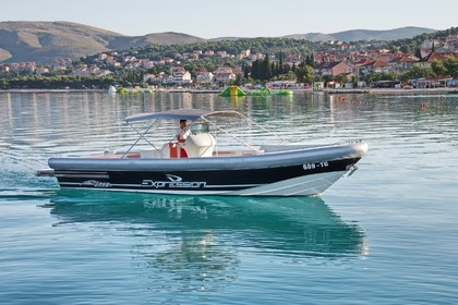 Charter Motorboat Expression France Expression 29 Split