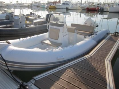 Location Semi-rigide Zodiac Medline 580 Le Verdon-sur-Mer
