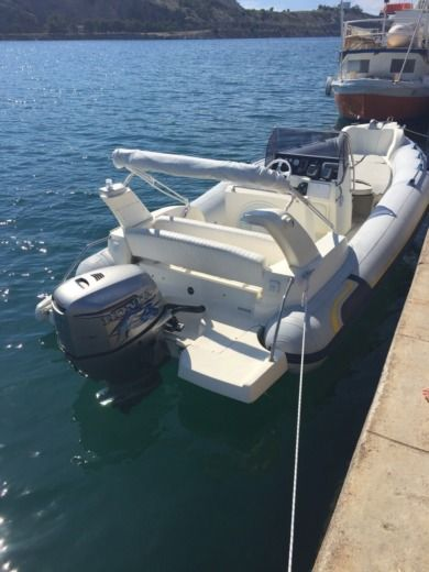 Marlin 21 in Starigrad for hire