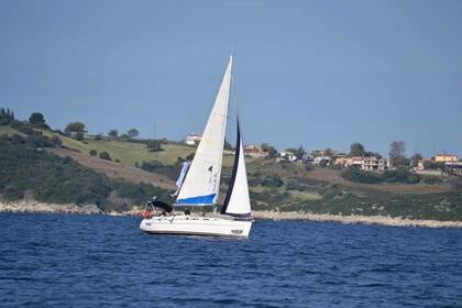 Rental Sailboat BENETEAU CYCLADES 39.3 Lefkada