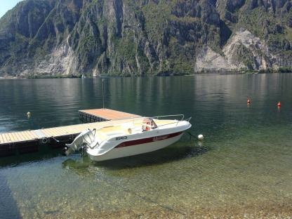 Rental Motorboat Marinello Eden 18 Evo Lecco