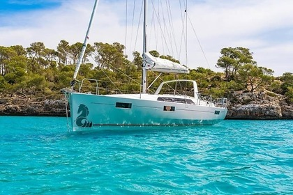 Rental Sailboat BENETEAU OCEANIS 41.1 Laurium
