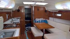 Beneteau Cyclades 433 in Rodney Bay