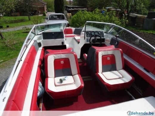 Motorboot FOUR WINNS Freedom zwischen Privatpersonen