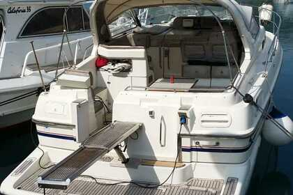 Rental Motorboat SEALINE 328 Open Split