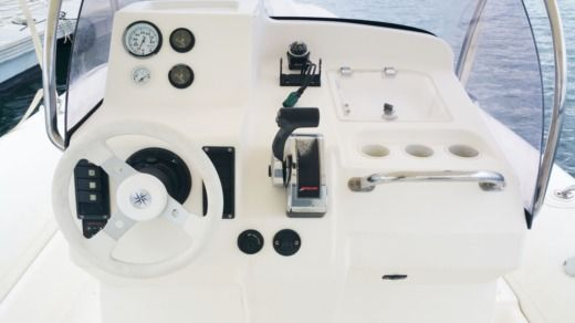 RIB Zodiac Medline Iii for hire