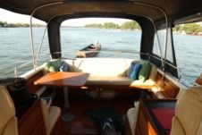 Motorboat Nimbus 3100 for rental