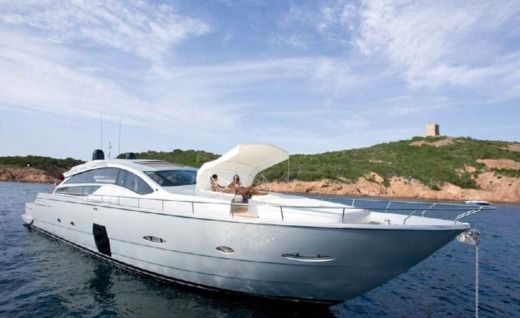 Pershing 80 For Ever à Cannes de particuliers et professionnels