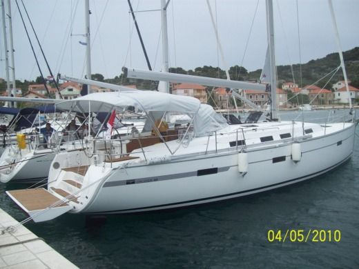 Charter Sailboat Bavaria 45 Cruiser Gzira