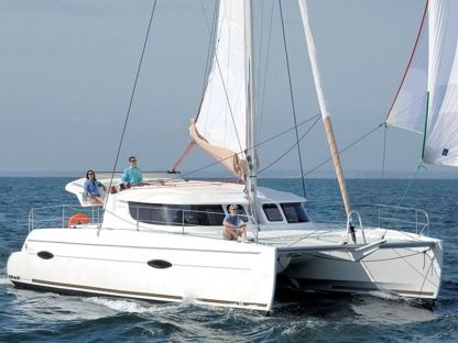 Charter Catamaran Fountaine Pajot Lipari 41 Owner Version São Vicente