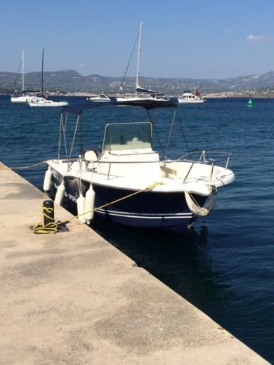 Kelt Ws(White Shark) 205 in Bandol for hire