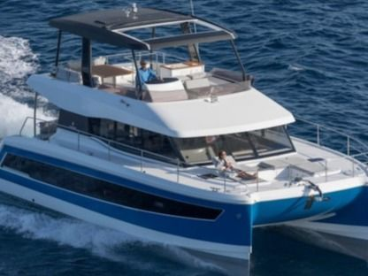 Charter Motorboat  Fountaine Pajot My 44 Slano