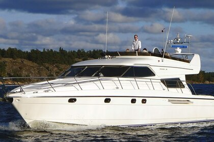 Hire Motorboat Princess 58 Gothenburg