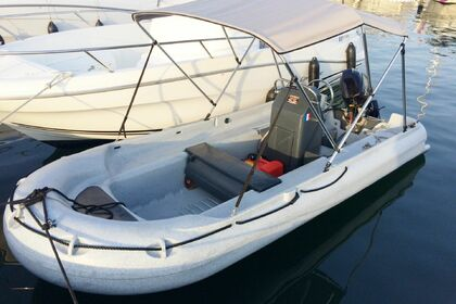 Hire Motorboat Fun Yak 390 Salles-Curan